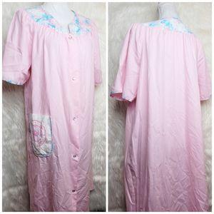 Vintage Vandemere Nightgown
